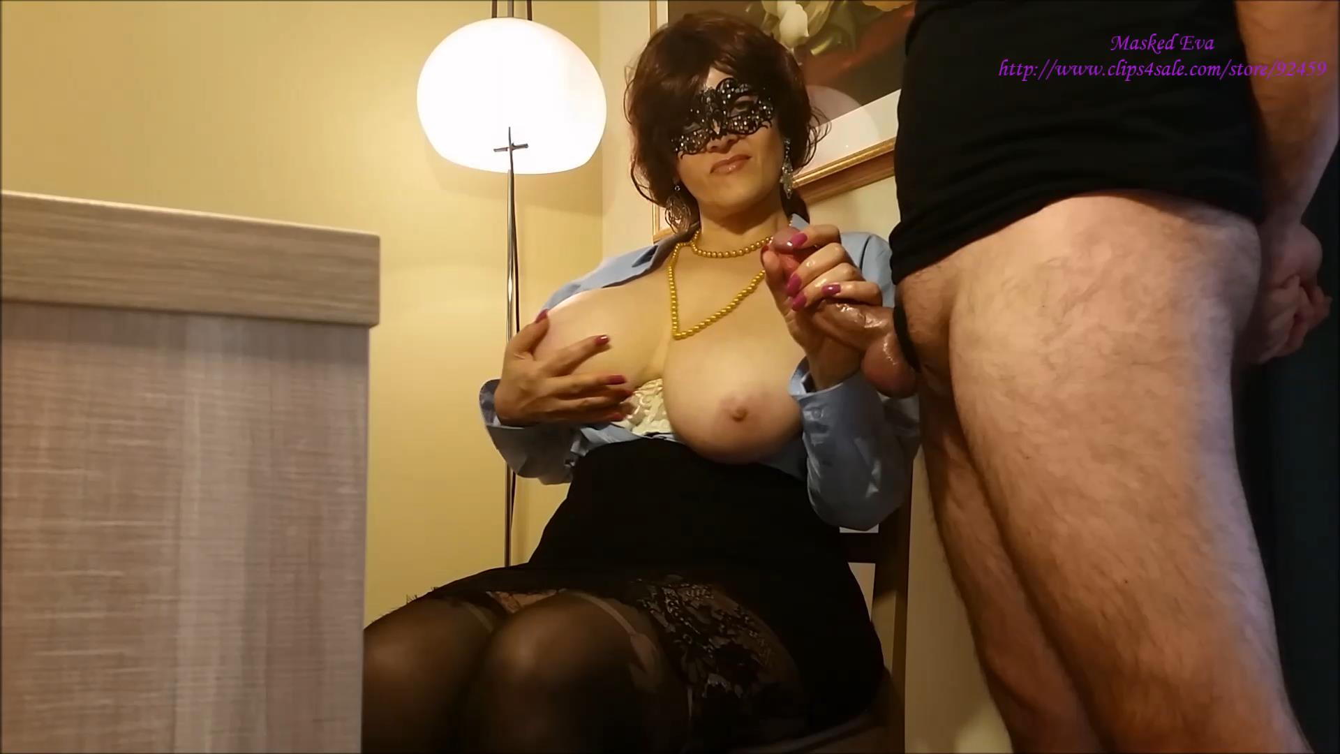 Boss Eva Gives You A Handjob – Masked Eva