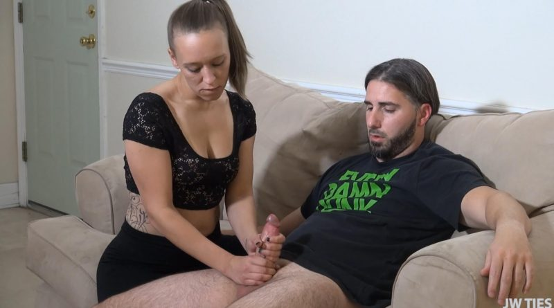 Extremely Personal Training – First Time Handjobs – Raelynn Taylor