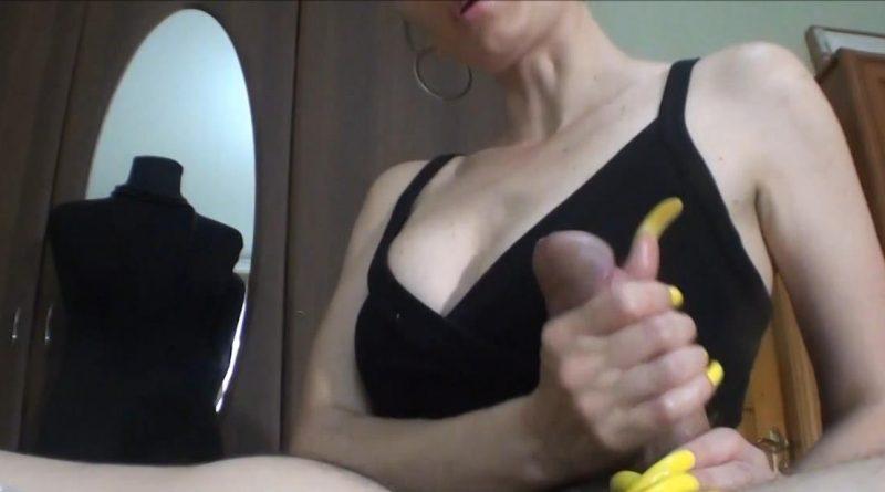 HJ Your mistress does handjobs for money – HJ Goddess TEASE