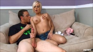 Kates First Date – First Time Handjobs – Kate England