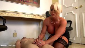 MUSCLE THERAPY – JERKY GIRLS – Alura Jensen