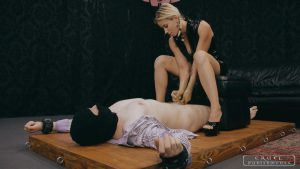 Milking the new slave – CRUEL PUNISHMENTS – SEVERE FEMDOM