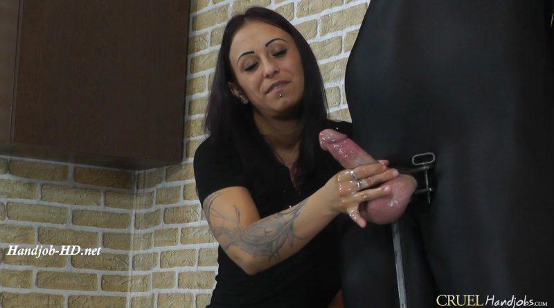 Nasty Sophie's handjob – Cruel Handjobs