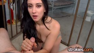 Mandy Muse Jerks Officer Off For Soup – Strokies