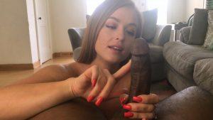 Naked Handjob – Denise Foxxx