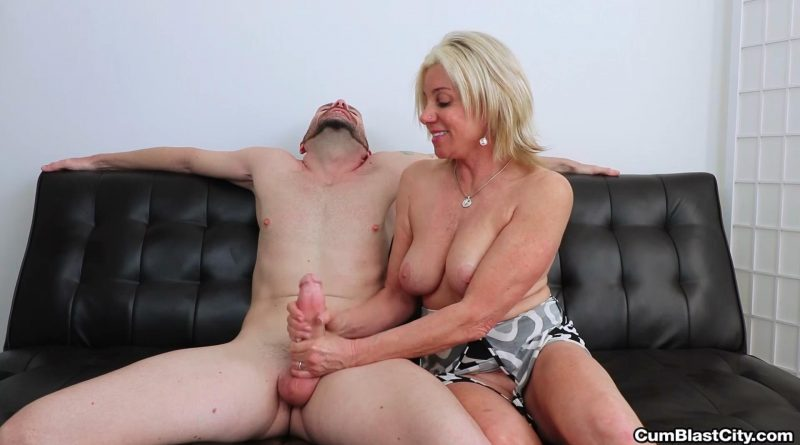 Workout Facial – Cum Blast City – Payton Hall