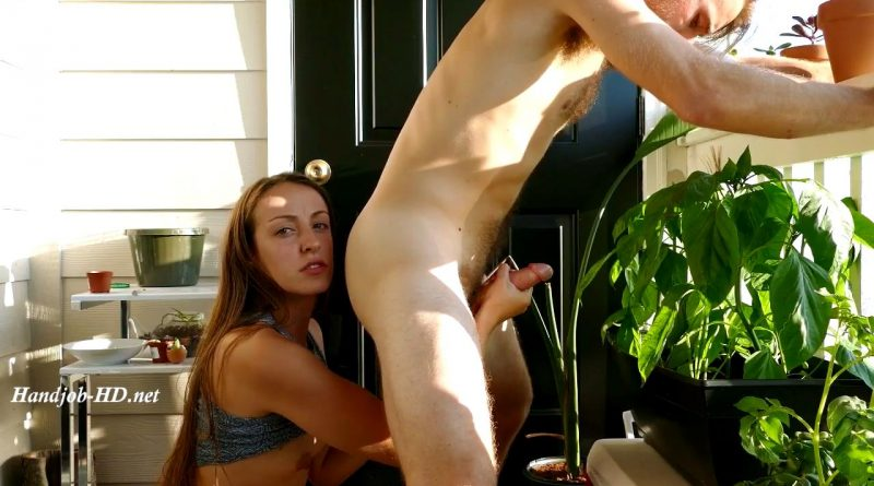 HJ Milked on the Balcony – Lily Anne