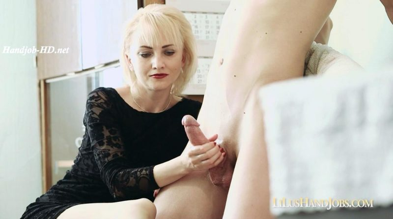 HandJob with Cum on my Pantyhose 2 – I JERK OFF 100 Strangers hommme HJ – Lilu