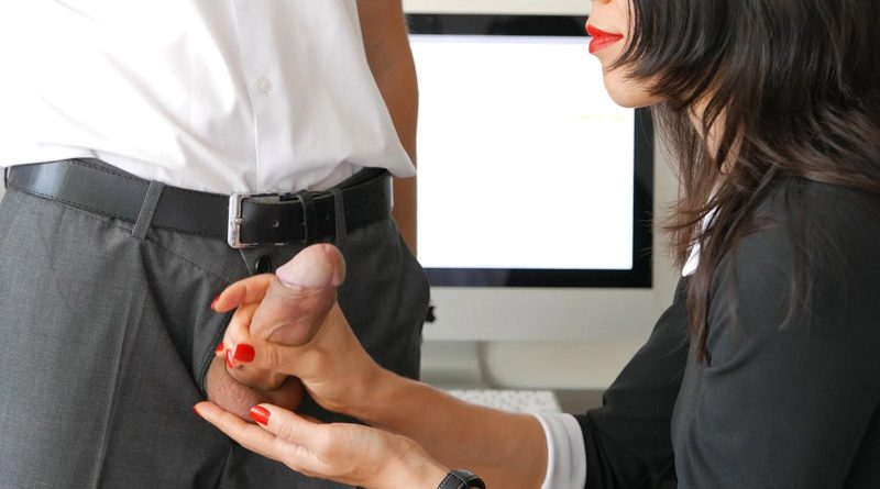 Secretary Handles Cock With Skill – Veronika Charm