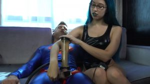 Alex Coal Drains Superman – Slutty Magic