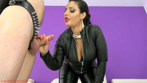 Gimp hubby gets ruined again – Mistress Ezada Sinn MP4