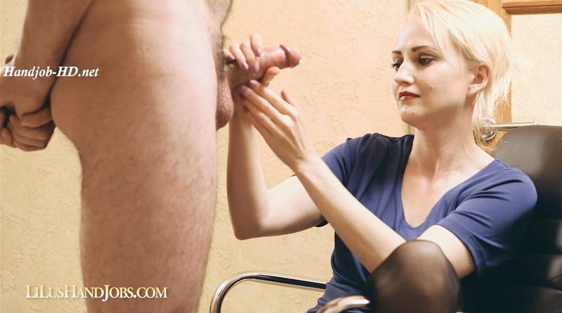 LiLu's HandJob with Huge Ruined Facial – I JERK OFF 100 Strangers hommme HJ – Lilu