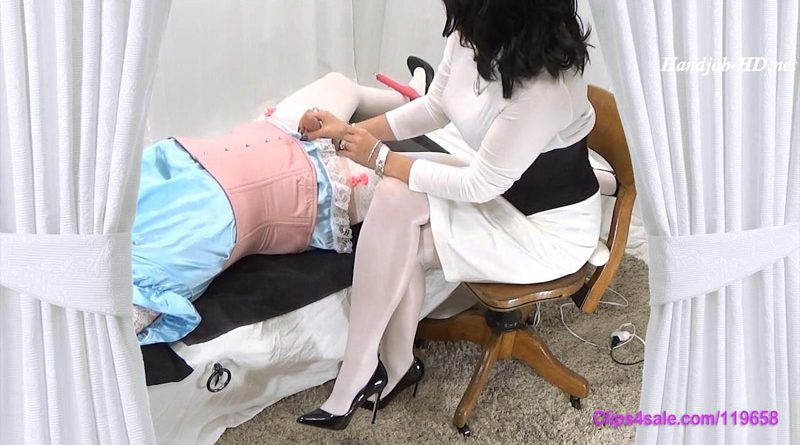 Sissy Exam – Forced By Mommy