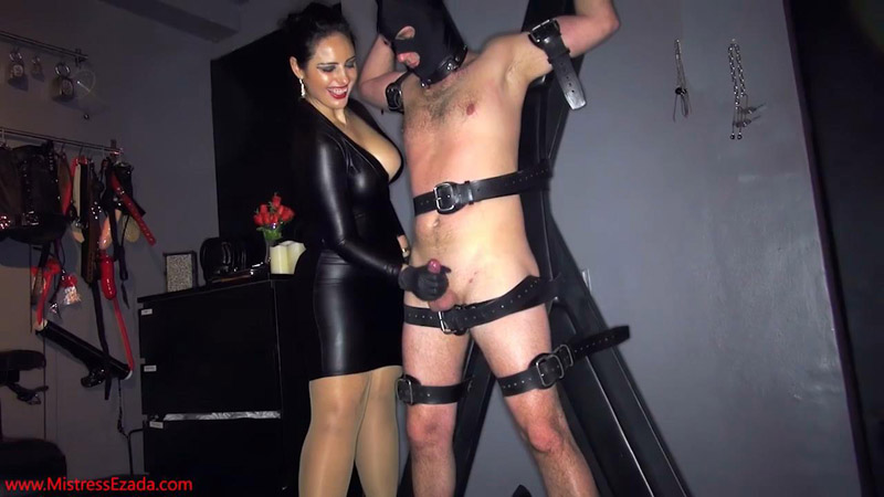 So hungry to cum - Mistress Ezada Sinn