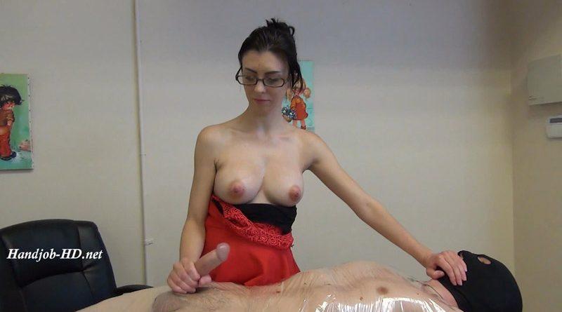 Topless Cock Destruction!!! – JERKY GIRLS
