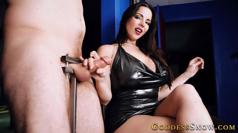 Crushed Orgasm Goddess Alexandra Snow Handjob Blog