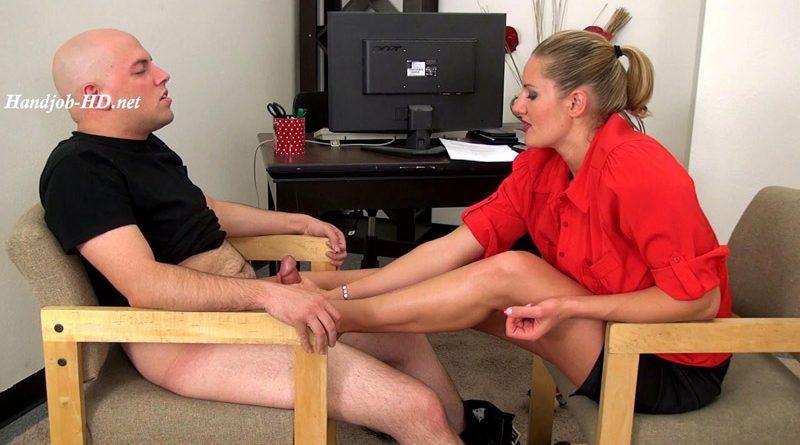 Cum on my feet and eat it!! – JERKY GIRLS