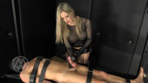 Slave made to eat his ruined orgasm WL1383 – Mistress Nikki Whiplash