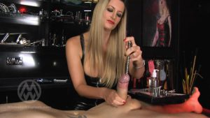 Extreme Urethral fingering and sounding Orgasm – Mistress Nikki Whiplash