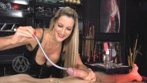 Extreme urethral stretching & depth training – Mistress Nikki Whiplash