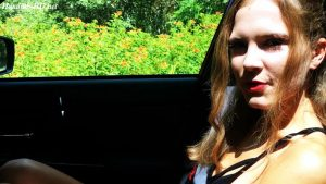 Handjob in the Car – CrazyStacy