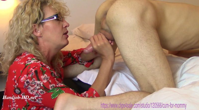 Mommy Needs Her Snack – Cum for Mommy
