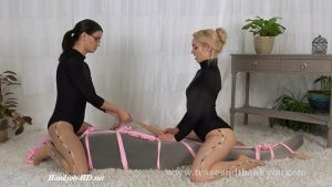Pantyhose PullingTraining Day – Mandy Marx 1080p
