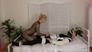 Dommebot 2000 – Mandy Marx 1080p