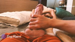 Handjob While Jason Naps Peacefully – SexyHippies