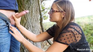 Handjob on the way edge while hiking – Victoria Peter
