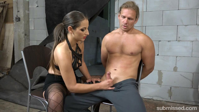 Obey Laura And You Will Cum – Submissed – Laura Noiret