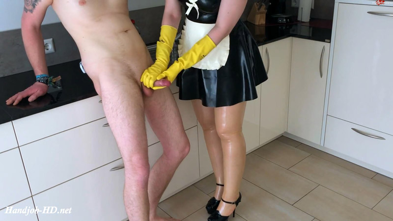 Your rubber housewife jerks your eggs empty – LatexDenise