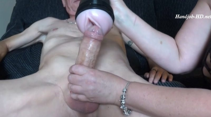 Mom Gives Granddad a Fleshlight HJ – Shooting Star4u
