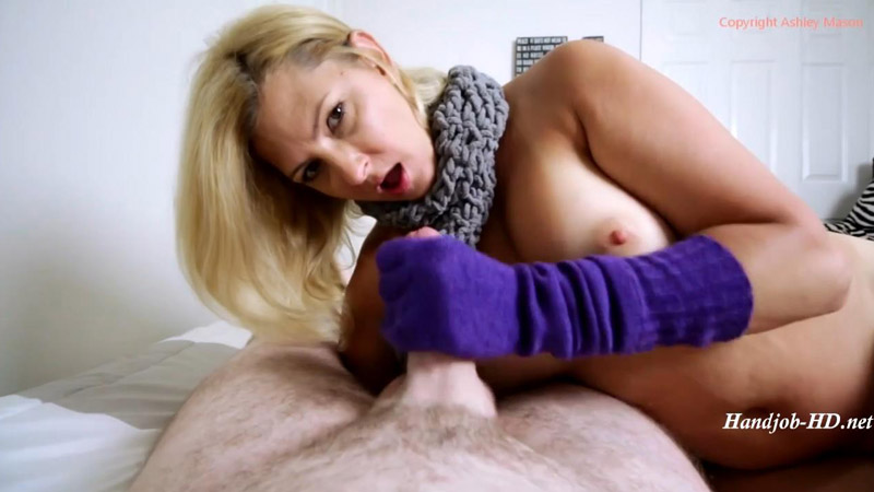Purple Glove Blowjob – Ashley Mason