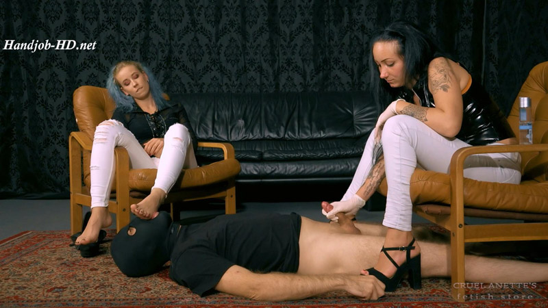 Arousing, sweet toes - Cruel Anettes Fetish Store