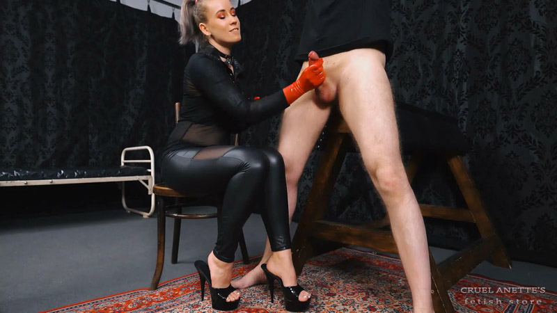 Brand new rubber gloves - Cruel Anettes Fetish Store