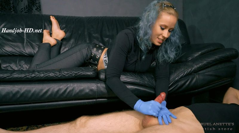 Nasty touch – Cruel Anettes Fetish Store
