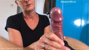 A Nylon Handjob – Triple F Addiction