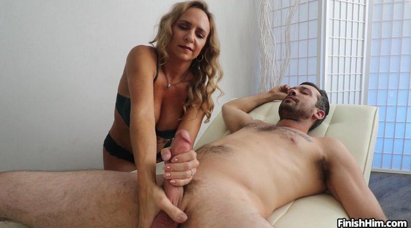Kenzi Foxx Porn Debut – Finish Him
