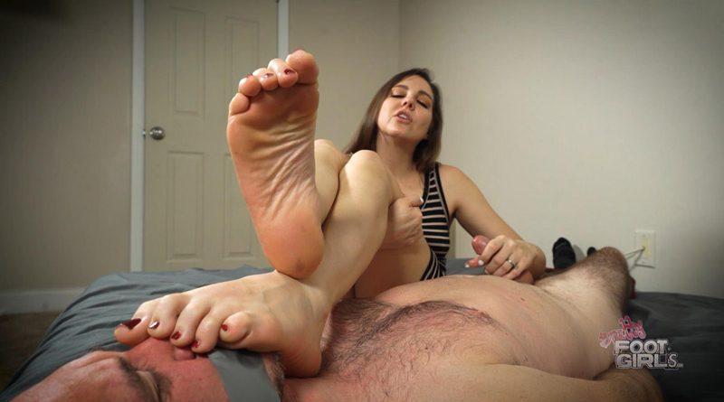 Sadie – reprogrammed for my Stinky size 10 soles – Bratty Foot Girls – Sadie Holmes