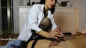 Fetish Nurse Masturbing A Man – Padrona Claudia