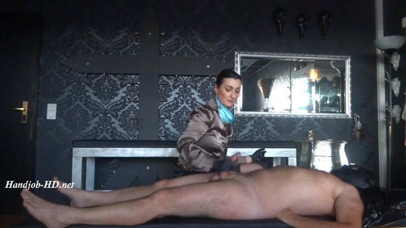 Violent handjob in satin outfit – Lady Victoria Valente