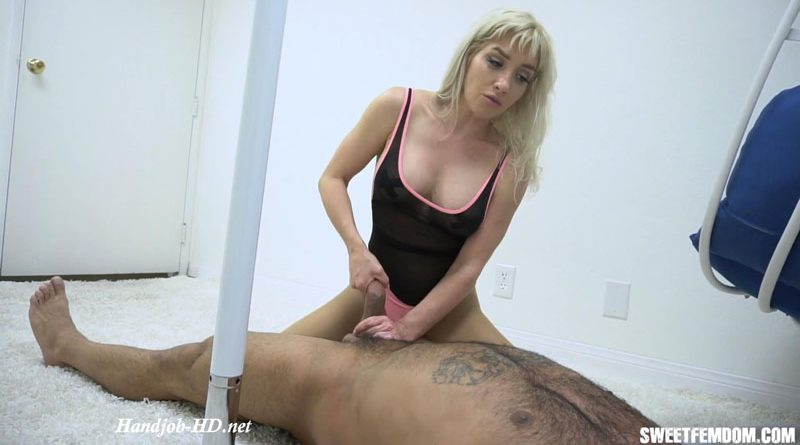 Long Brutal Milking on Her Leotard – She Owns Your Manhood – Sarah Diavola