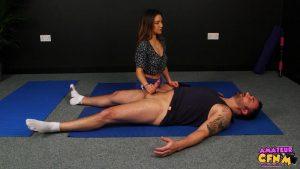 Horny Yoga – Amateur CFNM – Maya Luna