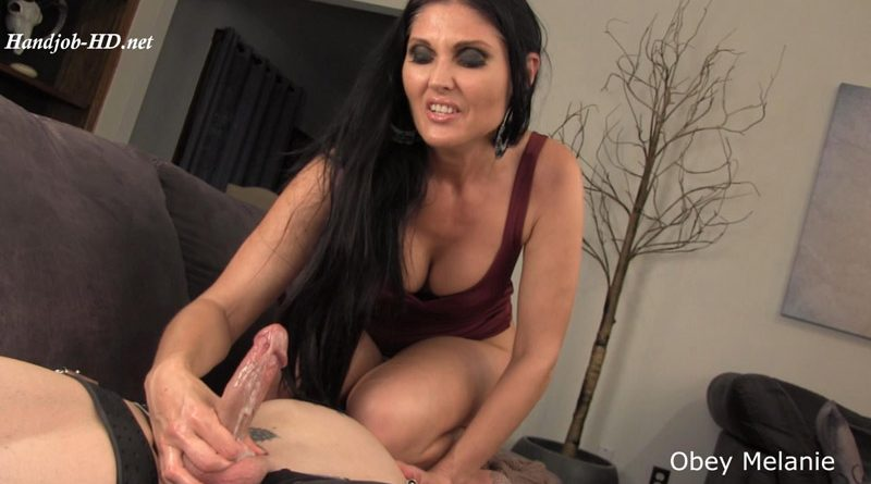 Jerk and Face Sit – Obey Melanie