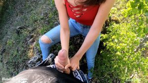 Outdoor Handjob and Blowjob – Sassymehh