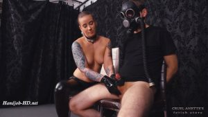 Handjob and gasmask – Cruel Anettes Fetish Store