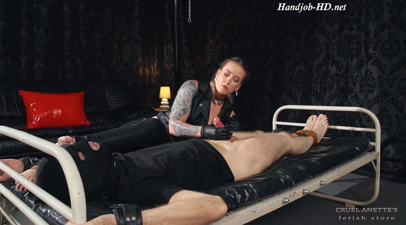 Humiliated and aroused – Cruel Anettes Fetish Store
