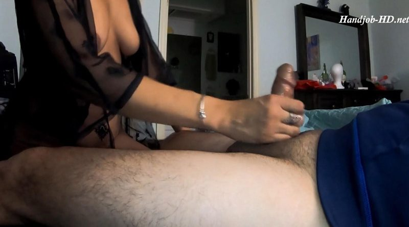 Gave Coworker Handjob for Bday – Evil Pixie