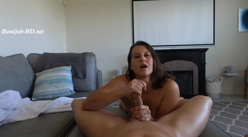 Stepmom's Bitch – Caught with Stepmom's Panties – Divine Caroline